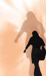 نگاهي به پديده زنان خياباني(تصويري)