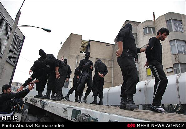 دستگیری ۱۰۰تن از اراذلواوباش تهران